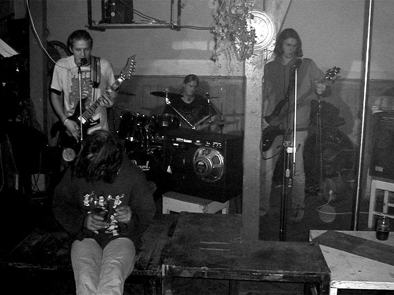 Chud, Koncert v Baldově (Brno-Přízřenice), 9. prosince 2000