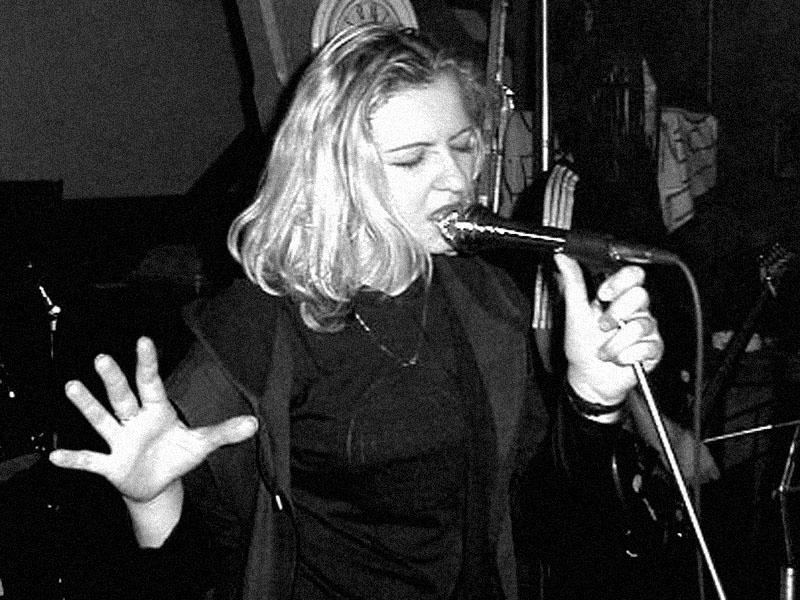 Rhondian.Koncert v Baldově (Brno-Přízřenice), 17. února 2001, foto archiv