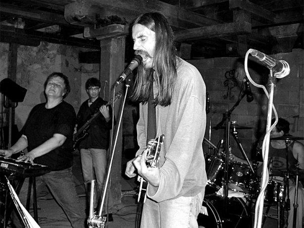 Terra Ignota. Festival spodních proudů - Mlýn, Jindřichův Hradec, 29. -30. 8. 2003