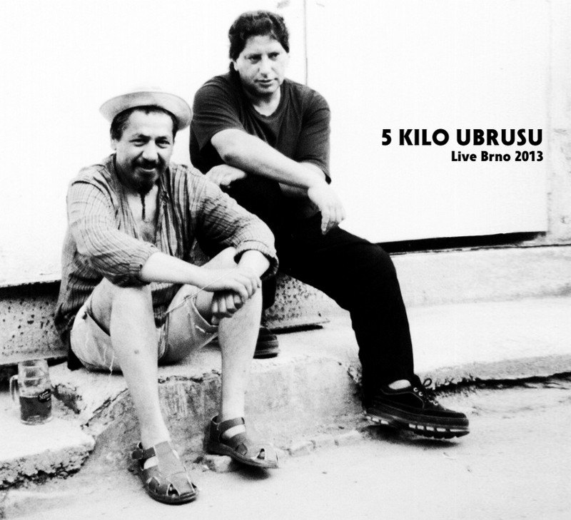 5 kilo ubrusu - Live 2013 , Ears&Wind Records 2016
