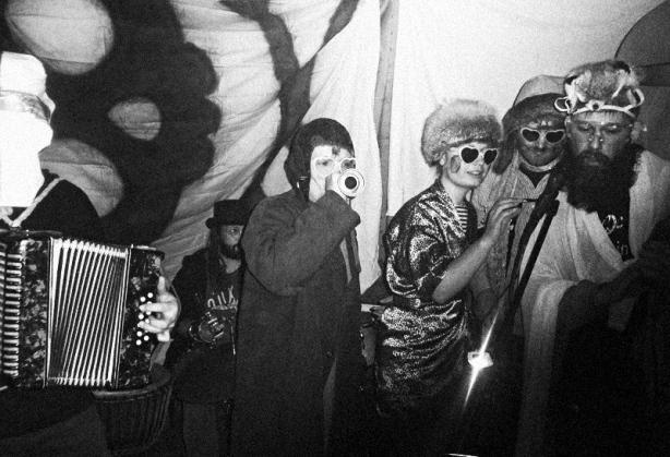 Yhteinen Makkara, Festival Nekapel, Pochcaný židle 11,listopadu 2015, Chicago. Foto Ivoš Krejzek
