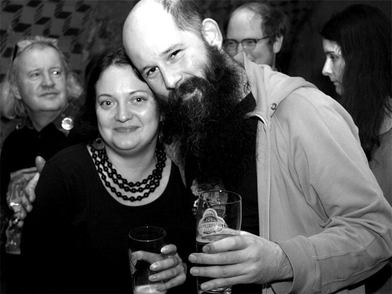 Z rodinného alba. Homér\'s Memorial, 10.-11. ledna 2014, klub Boro, Brno. Foto © Arnošt Zukal