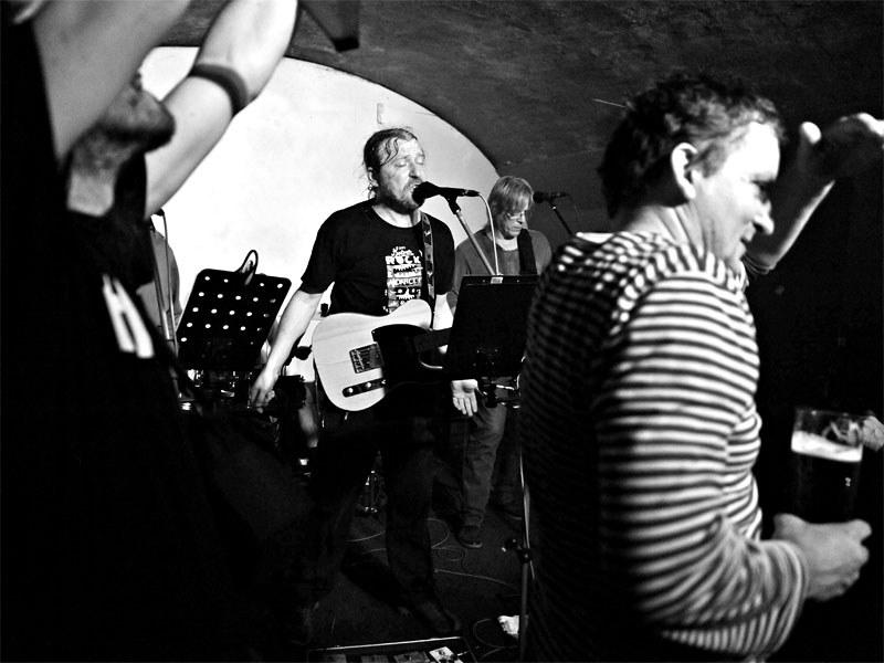 Jančení na Tyršovku. Homér\'s Memorial, 10.-11. ledna 2014, klub Boro, Brno. Foto © Miro Trimay