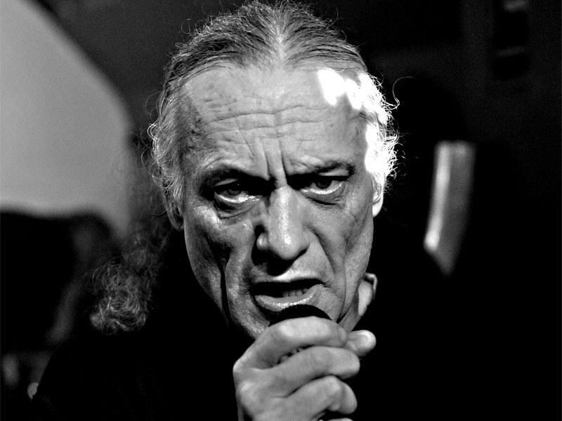 Bůh česneku Luboš Vlach. Homér's Memorial, 10.-11. ledna 2014, klub Boro, Brno. Foto © Miro Trimay