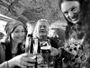 V publiku najdeme i hudebníky z nehrajících kapel. Homér's Memorial, 10.-11. ledna 2014, klub Boro, Brno. Foto © Miro Trimay
