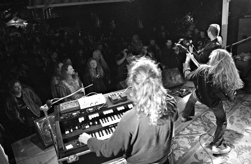 Slovenští rockeři Peacock Ball. Festival Napříč - Konec léta u Skaláka. Srpen 2014. Foto Miro Trimay