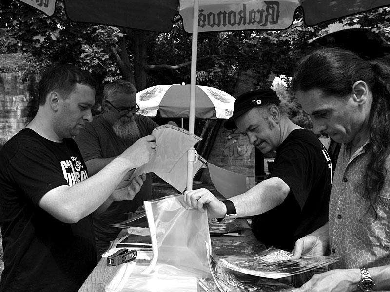 Příprava fotek, Krákor 2011, Ostopovice u Brna