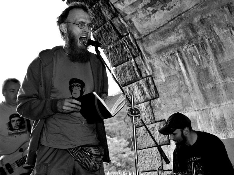 Skrytý půvab byrokracie, Krákor 2011, Ostopovice u Brna
