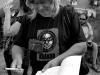 Krákor 2014, Ostopovice u Brna. An Anus při anarchistické autogramiádě knihy Krákor - Kronika. Foto Vladimír Sabo.