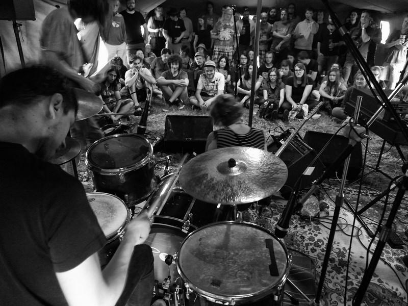 Živo na malé scéně, Krákor 2016, Ostopovice u Brna. Foto An Anus