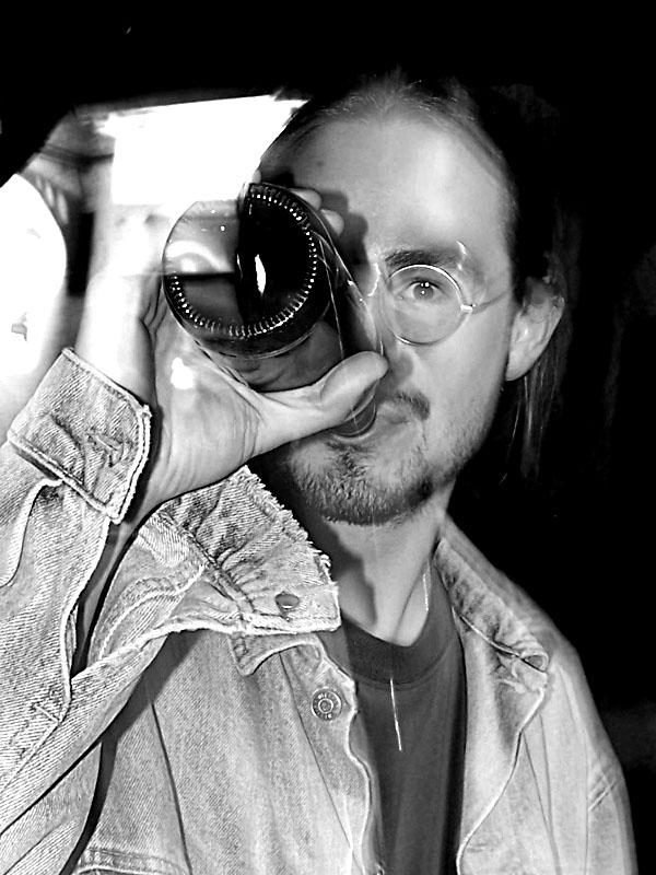Ježíšek pokořitel. Festival spodních proudů III.,  Kutiny, 9. a 10. září 2005