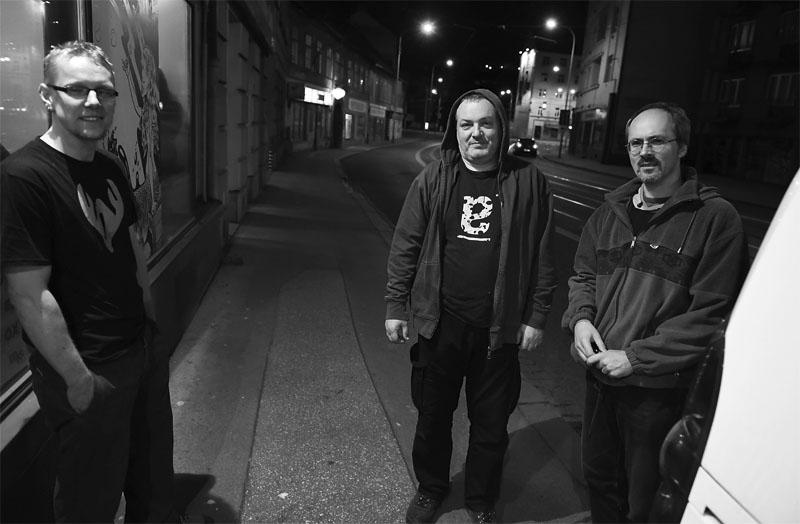 Fronta až na Mendlák už je pryč, skončil  LES 2015, 28. listopadu, Brno, klub Paradox. Foto Zdenek Vykydal