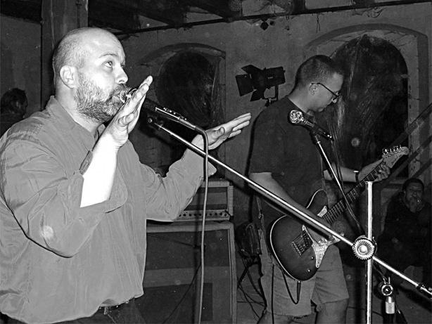 Kapela Sobola. Festival spodních proudů - Mlýn, Jindřichův Hradec, 29. -30. 8. 2003