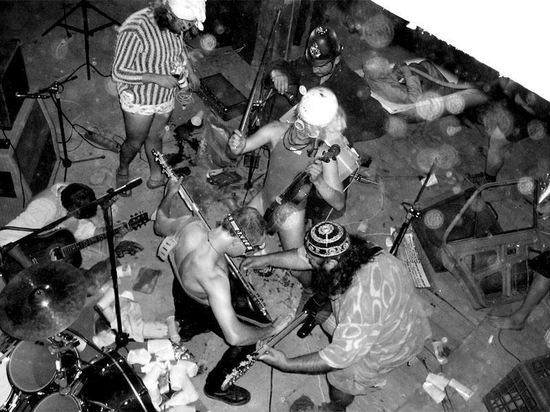Festival spodních proudů - Mlýn, Jindřichův Hradec, 29. -30. 8. 2003