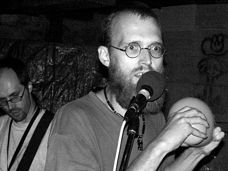 SPB - Jude. Festival spodních proudů II. - Mlýn, Jindřichův Hradec, 27.-28.8.2004