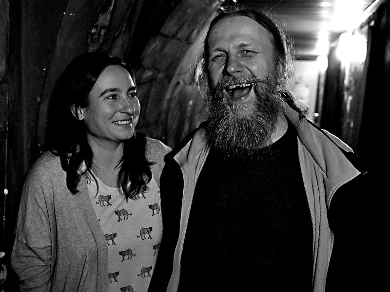 Reklama na zdravý chrup. Ťovajz a gazela. Potulný dělník 2015, Brno - RC Brooklyn. Foto Zdenek Vykydal