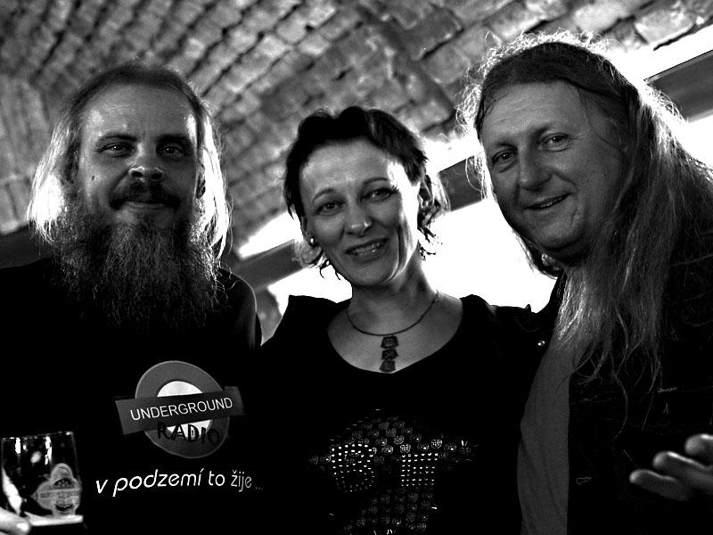 Konkurence kterou máme rádi. Skrytá reklama na underground rádio. Potulný dělník 2013, Brno - Boro. Foto © Zdenek Vykydal.