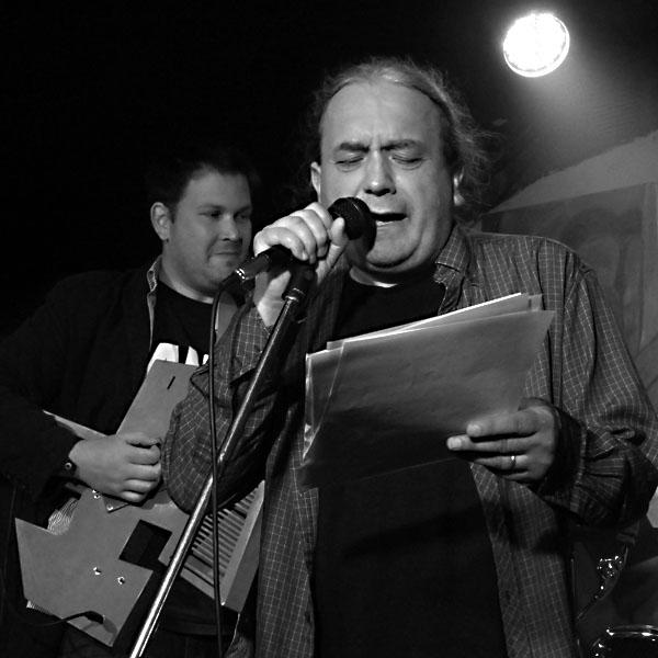 Ivan Motýl, Potulný dělník 2014 - festival poesie, Brno, RC Brooklyn 16.-18.11.2014. Foto Jan Drbal