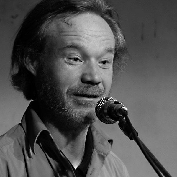 Robert Rybicki, Potulný dělník 2014 - festival poesie, Brno, RC Brooklyn 16.-18.11.2014. Foto Jan Drbal