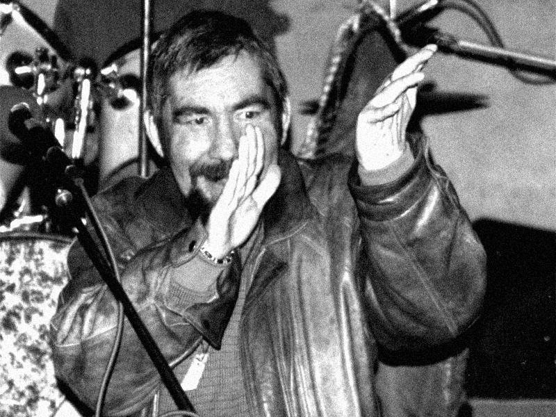 Homér - Idiot Cruoe. Spodní proudy, Brno - klub Bumerang, 14. května 2004