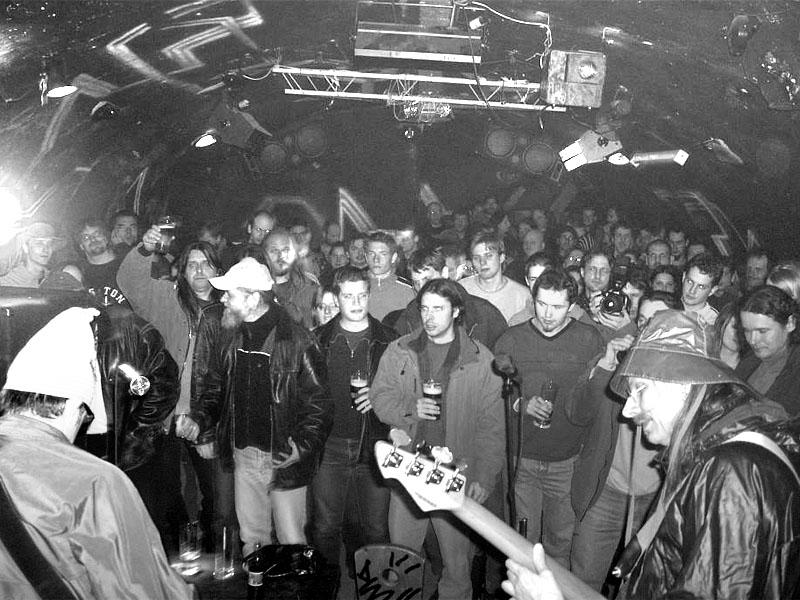 Atomová mihule. Spodní proudy, Brno - klub Bumerang, 20. února 2004