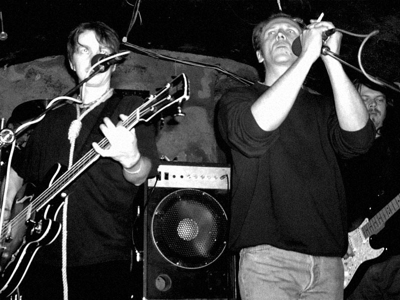 Oka mžik. Spodní proudy, Brno - klub Bumerang,19. března 2004