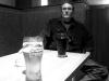 Zřejmě jediný hudebně gramotný host zvolenského večera, bar Triangolo Zvolen, duben 2013